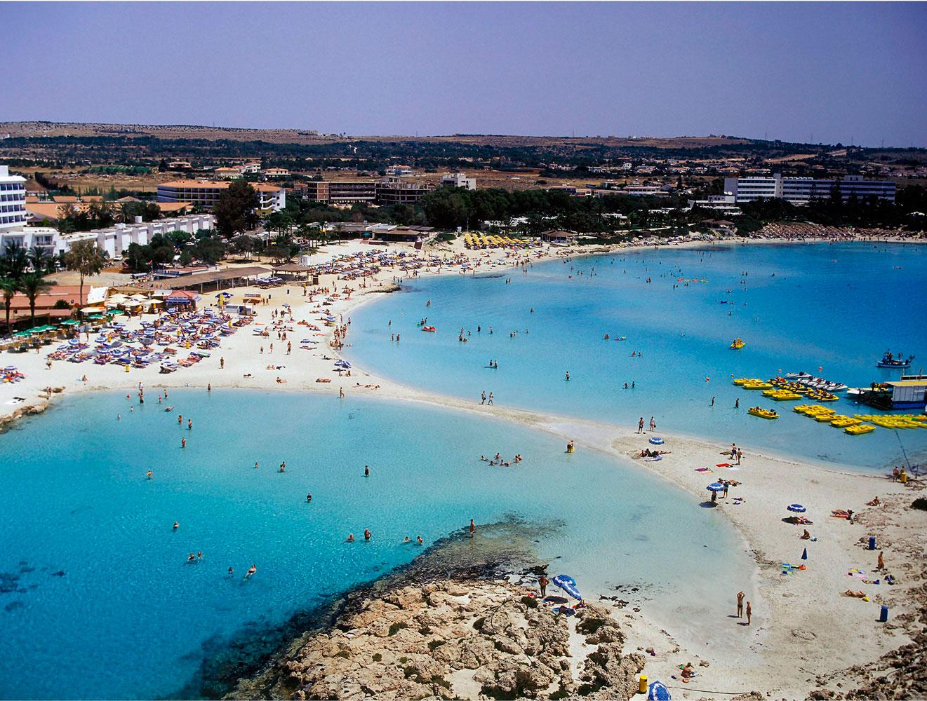 Погода на Кипре в апреле / Температура воды в море
